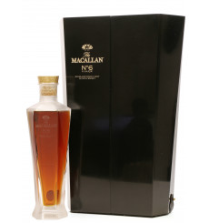 Macallan No.6 in Lalique