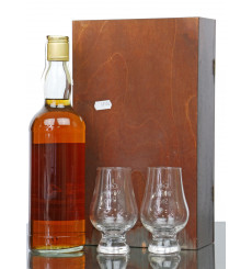 Tullamore 44 Years Old 1945 - 1989 Willie Napier & 2 x Glasses