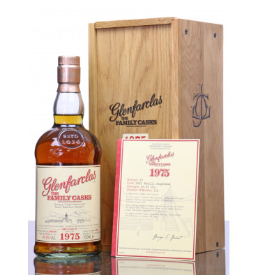 Glenfarclas 1975 - 2009 The Family Casks No.5043 (Release IV)