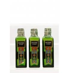 Passport Scotch Miniature's x 3